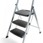 Folding Step Up Stool from Rubbermaid